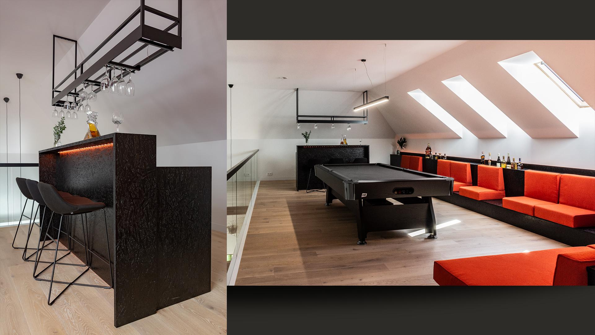 Strefa dorosłego relaksu na piętrze. Schowek na kije bilardowe ukryty w oparciu części wypoczynkowej.